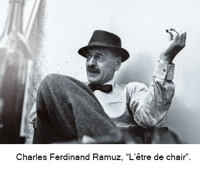 Photo noir et blanc de Ramuz, assis les jambes croisées, le coude gauche sur l'accoudoir