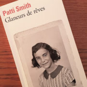 "Photo de la couverture du livre ""Glaneurs de rêves"" de Patti Smith"