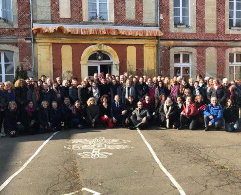 Photographie des participants au stage de méditation qui eut lieu en Normandie en février 2018.
