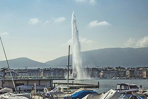 Photo de Genève, avec vue sur le jet d'eau et le lac Léman