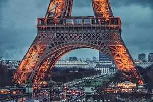 Photo d'une vue de Paris avec la Tour Eiffel