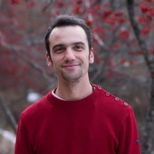 ePhoto de Mathieu Boillat, méditant référent de l'École occidentale de méditation à Genève