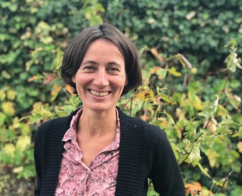 Photo d'Estelle Guihard, enseignante à L'École de méditation